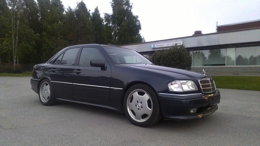EeKi's C36 AMG und shit 1 - Sivu 31 13060012
